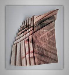 L'artiste autrichien Aldo Tolino réalise des pliages complexes sur des tirages de portraits pour leur donner une forme sculpturale.