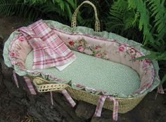 Julia Moses Basket by Maddie Boo