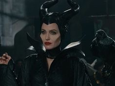 Angelina Jolie: 'Maleficent' Sneak Peek – Watch Now! Check out a sneak peak of Angelina Jolie in her upcoming film Maleficent, which hits theaters on Friday, May The actress plays the role of Maleficent,… Maleficent Cosplay, Maleficent Makeup, Angelina Jolie Maleficent, Maleficent 2014, Maleficent Movie, Malificent, Maleficent Drawing, Maleficent Halloween, Disney Villains