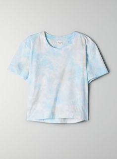 This is a cropped, crewneck tee. It's made with soft, comfy cotton. This version of the Gatana comes in a pastel tie-dye. Pastel Shirt, Pastel Tie Dye, Pastel Blue, Tie Die Shirts, Cut Shirts, Lavender Tie, High Wasted Jeans, Shirt Makeover, Light Blue Shirts