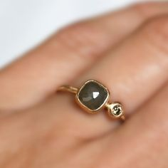 Rose Cut Diamond Ring Olive Green Diamond Gold by LilianGinebra