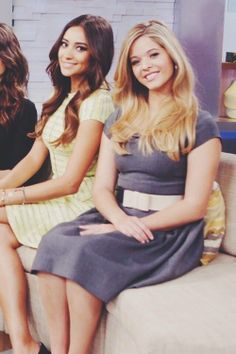 Pretty Little Liars - Shay Mitchell and Sasha Pieterse