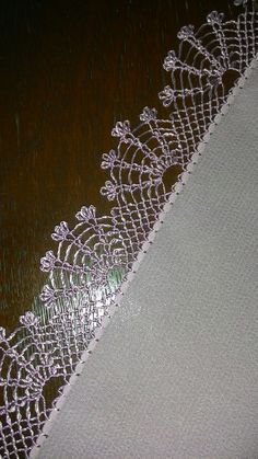 Tatting, Christmas Embroidery, Needle Lace, Lace Making, Art Techniques, Designs To Draw, Embroidery Designs, Baby Embroidery, Diy Design