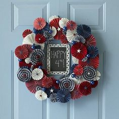 Need a way to show your patriotism for the 4th? Add some red, white and blue to your front door! #DIY #Magtek
