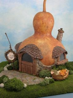 Gourd house - Free Gourd Carving Patterns | Mouse Wood Carving Patterns