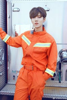 Luhan Edit: Luhan being a firefighter is so ironic; how can he save people from dying in the flames when he's so hot that he sets fires with his face Luhan Exo, Cnblue, Extended Play, Asian Boys, Asian Men, K Pop, Shinee, Taemin, Chen