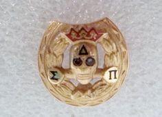Vintage DELTA SIGMA PI 10K Gold Sorority Fraternity Badge Pin Skull w/Stone Eyes