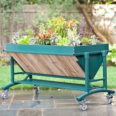 LGarden Mobile Garden Table - great for beginners or the most experienced gardeners.