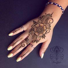 Easy Mehndi Designs Collection for Hand 2019 - Fashion Indian Henna Designs, Latest Arabic Mehndi Designs, Henna Art Designs, Mehndi Designs For Girls, Stylish Mehndi Designs, Mehndi Designs For Fingers, Mehndi Design Photos, Wedding Mehndi Designs, Mehandi Designs