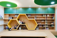The Best 2019 Interior Design Trends - Interior Design Ideas Daycare Design, School Library Design, Home Library Design, Kids Library, Kids Room Design, House Design, Design Desk, Kindergarten Interior, Kindergarten Design