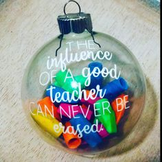 Christmas Teacher gifts kids can make. Good Teacher appreciation week Gifts or Teacher End of school year. gifts diy christmas Easy Christmas ornament from the dollar store or homemade 30 Diy Christmas Gifts, Diy Christmas Ornaments, Holiday Gifts, Christmas Holidays, Teacher Christmas Ideas, Easy Ornaments, Vinyl Ornaments, Funny Ornaments, Christmas Gift Inspiration