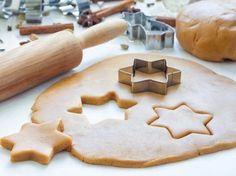 Pâte sablée pour fond de tarte ou biscuits.