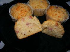 Briose cu legume | colectia de briose Parmezan, Bacon, Breakfast, Muffins, Food, Morning Coffee, Muffin, Essen, Meals