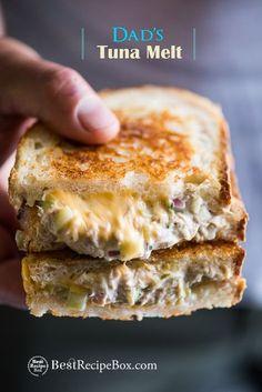 Cheesy Tuna Melt Grilled tuna cheese sandwiches aka grilled tuna melt sandwiches are awesome. DadGrilled tuna cheese sandwiches aka grilled tuna melt sandwiches are awesome. Tuna Melt Sandwich, Grill Cheese Sandwich Recipes, Deli Sandwiches, Tuna Melts, Grilled Sandwich, Healthy Sandwiches, Tuna Recipes, Soup And Sandwich, Seafood Recipes