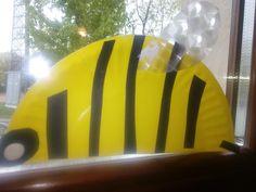 Pszczółka z talerzyka!