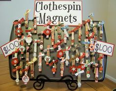 Clothespin Magnets easy cute craft, clothespins magnets color papers and decorations. Christmas Craft Fair, 3d Christmas, Crafts To Sell, Holiday Crafts, Diy Crafts, Clothespin Magnets, Clothespins, Clothespin Crafts, Diy Magnets
