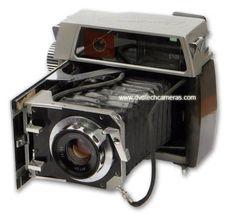 "PHOTOHISTORY - Г.Абрамов, ""Этапы развития отечественного фотоаппаратостроения"" Antique Cameras, Old Cameras, Vintage Cameras, Movie Camera, Photo Equipment, Classic Films, North Western, Photo And Video, Antiques"