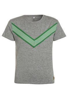 Kleding Name it NKMFUXI - T-shirt print - grey melange grijs gemêleerd: € 12,95 Bij Zalando (op 18-3-18). Gratis bezorging & retour, snelle levering en veilig betalen!