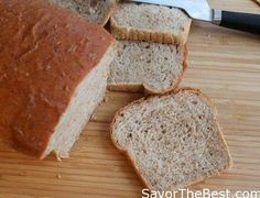cracked wheat bread has a nutty, wholesome chew of cracked wheat and it tastes wonderful on morning toast or in a sandwich. This is a soft sandwich bread made from scratch. Best Homemade Bread Recipe, Quick Bread Recipes, Veg Recipes, Healthy Recipes, Savoury Baking, Bread Baking, Cracked Wheat Bread Recipe, Sourdough Pancakes, Healthy Banana Bread