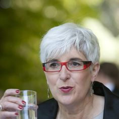 Eyeglass Frames For Gray Hair : ITS ALL ABOUT THE GREY on Pinterest Aging Gracefully ...