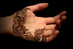 Simple palm henna design @Camille Blais Blais Dawn Crystal @Periann Cantrell Cantrell Cantrell Crystal