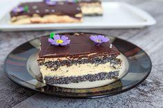 Mennyei mákos-krémes süti, amiből mindenki vesz még egy szeletet