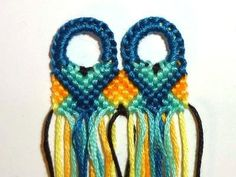 (( How to... )) Make a Straight Beginning Row http://friendship-bracelets.net/ usando ojales