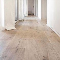 Best Flooring, Plank Flooring, Wooden Flooring, Kitchen Flooring, Hardwood Floors, Flooring Ideas, Kitchen Wood, White Oak Wood, White Oak Floors