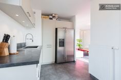 Kitchen - Fully equipped with oven, micro wave oven, dish washer, washing machine, American fridge and more!