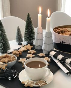 Einen gemütlichen 2. Advent  #wohnmission #adventskranzkonfetti #wohnkonfetti #interior4you #coffeelover #coffeeaddict #coffeeandseasons #coffeetime #yummy #sweettooth #villavanilla