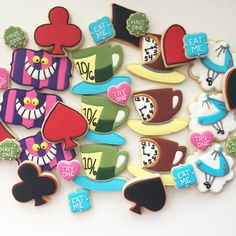 Alice im Wunderland Alice Cookies Cheshire Cat Cookies Tea - Cup cokies 2020 Cat Cookies, Cookies Et Biscuits, Sugar Cookies, Teacup Cookies, Alicia Wonderland, Alice In Wonderland Tea Party, Tea Favors, Cookie Favors, Disney Cookies