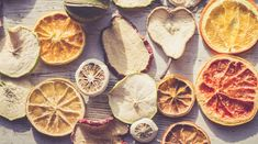 This Is the Healthiest Dried Fruit, According to a Nutritionist Dried fruit can deliver many nutritional benefits, but not all varieties are created equal. Here, a nutritionist weighs in on the healthiest types of dried fruit. Fruit Nutrition, Nutrition For Runners, Food Nutrition Facts, Dried Bananas, Dried Apples, Sweets Recipes, Fruit Recipes, Healthy Snacks, Healthy Eating