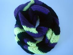 Apple Blossom Dreams: Another Chevron Infinity Scarf