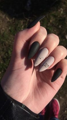 Gorgeous New Nail Designs Ideas to Try Nail De. - Gorgeous New Nail Designs Ideas to Try Nail Design - Black Nails, Matte Nails, Pink Nails, My Nails, Pink Nail Designs, Acrylic Nail Designs, Nails Design, Gel Nagel Design, Dream Nails