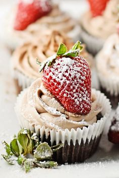 20 Delicious Cupcakes With Stunning Looks | FoodInspirasi