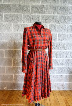 Vtg Wayne Clark Plaid Viyella Wool Shirt Dress Tea Length with Long Sleeves Wayne Clark, Strong Shoulders, Her Majesty The Queen, Tea Length Dresses, Plaid, Tartan, Vintage Love, Modest Outfits, Wrap Dress