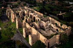 Roma ed i suoi antichi tesori possono essere family-friendly. Basta saper scegliere le tappe giuste... Come le Terme di Caracalla, ad esempio!