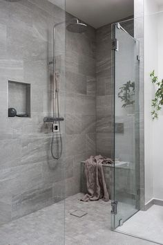 51 Stunning Shower Tile Design Ideas to Remodel Your Bathroom - Home and Garden Decoration Cheap Bathroom Remodel, Cheap Bathrooms, Shower Remodel, Budget Bathroom, Small Bathrooms, White Bathrooms, Master Bathrooms, Restroom Remodel, Marble Bathrooms