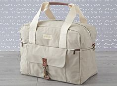 Extra-roomy easy to carry and seriously stylish the Birdling Weekender is a perfect travel bag diaper bag and everyday tote. Dad Diaper Bag, Best Diaper Bag, Diaper Backpack, Couches, Diper Bags, Large Diaper Bags, Baby Necessities, Baby Essentials, Travel Bags For Women