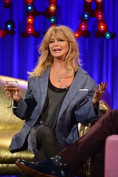 a8d182b2492b Goldie Hawn tells Alan Carr why she never wed Kurt Russell