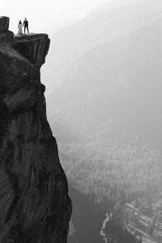 Incredible vertigo-inducing wedding shot | Carl Zoch Photography