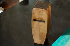Restoring a wooden smoothing plane - flattening the sole