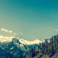hyper.lapse.  #timelapse #himachalpradesh #snowpeaks #greenery #tosh #echocentral #himalayas #supercream #calm #clouds #background #nature #true #vastness #serenity #time #space #cannabissattiva #hash #harharmahadev #shiva #lordshiva #environment