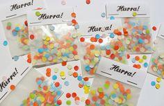 Glückwünsche - Hurra! - 3 kleine Tütchen mit Konfetti ♥ - ein Designerstück von im-wohnzimmer bei DaWanda