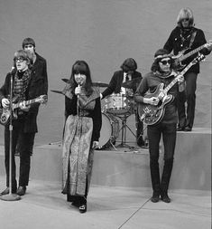 He was a member of Jefferson Airplane and Jefferson Starship 60s Music, Music Love, Rock Music, Grace Slick, Jefferson Starship, Jefferson Airplane, Boogie Woogie, Famous Singers, Classic Rock