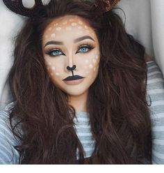 Looking for for ideas for your Halloween make-up? Check out the post right here for cute Halloween makeup looks. Cute Halloween Makeup, Halloween Makeup Looks, Halloween Kostüm, Brown Hair Halloween Costumes, Snapchat Halloween Costume, Tesco Halloween, Animal Halloween Costumes, Teen Costumes, Woman Costumes
