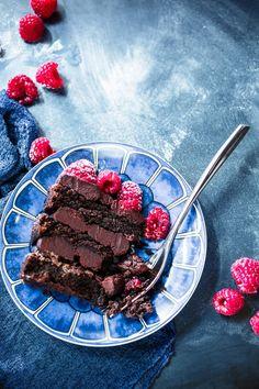 Vegan Raspberry-Chocolate Truffle Cake