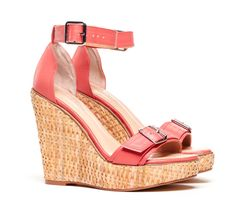 Cute summer sandals.