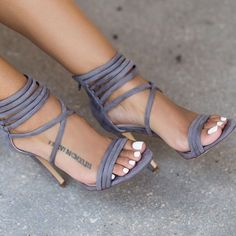 High heels are a must-have fashion item for woman. Whether it's in the form of stilettos, wedges to high pumps … Stilettos, Pumps, Stiletto Heels, High Heels, Strappy Heels, Heeled Boots, Shoe Boots, Shoes Heels, Shoe Bag