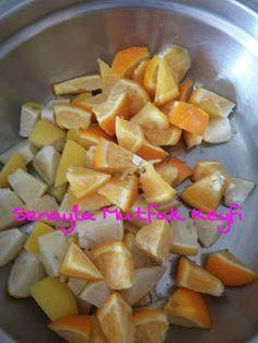 Senay'la Mutfak Keyfi: Buzlukta Limonata Tarifi – sağlıklı yemekler – Las recetas más prácticas y fáciles Fruit Salad, Preserves, Cantaloupe, Sweet Potato, Food And Drink, Potatoes, Vegetables, Drinks, Desserts